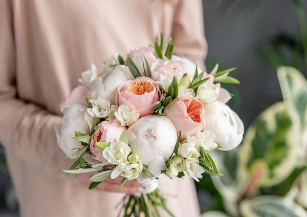 bukiet kolorowych kwiatów 2